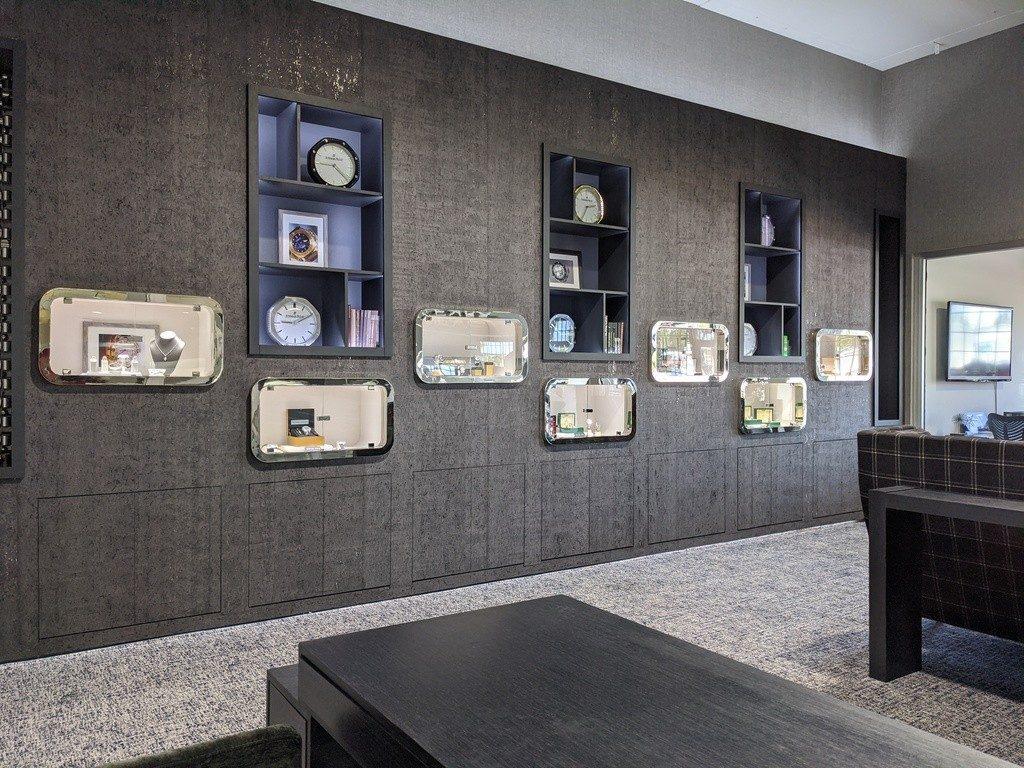 watch expo showroom